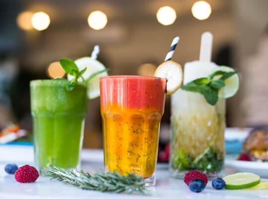 Barcino Food, acompaña tu brunch en Barcelona con zumos natuales, smoothies con fruta de temporada o deliciosos poptails.